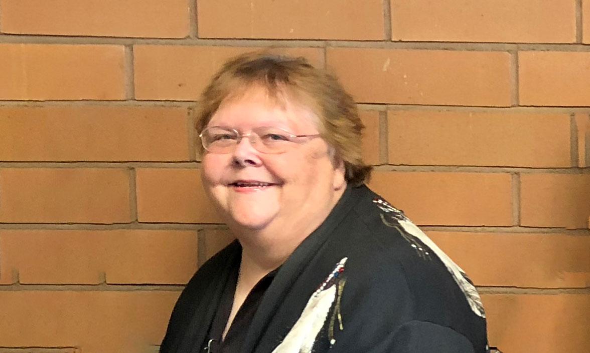 Eve Hibner